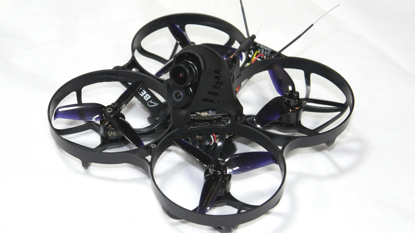 Beta95X 4K Hybrid Whoop Quadcopter(フタバR2000SBM-SFHSS) ep-models