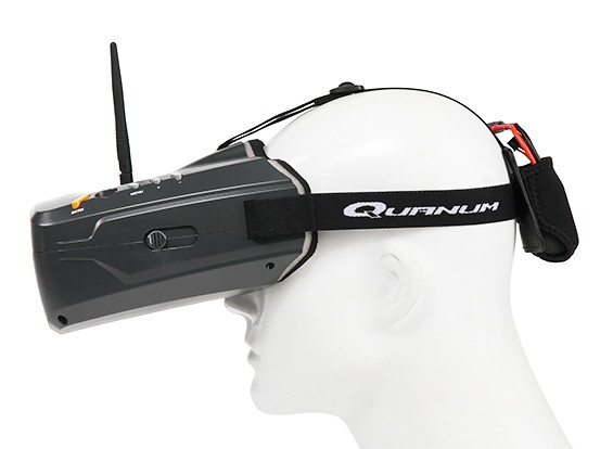 Quanum Cyclops V2 FPV Goggle w/ integrated Monitor and Receiver